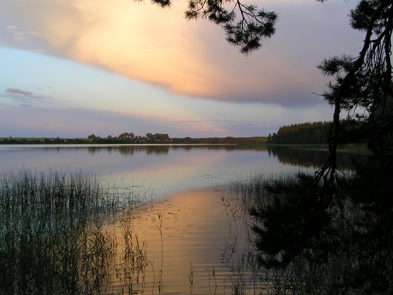 Озерные пейзажи. Автор фото: Константин Вишератин